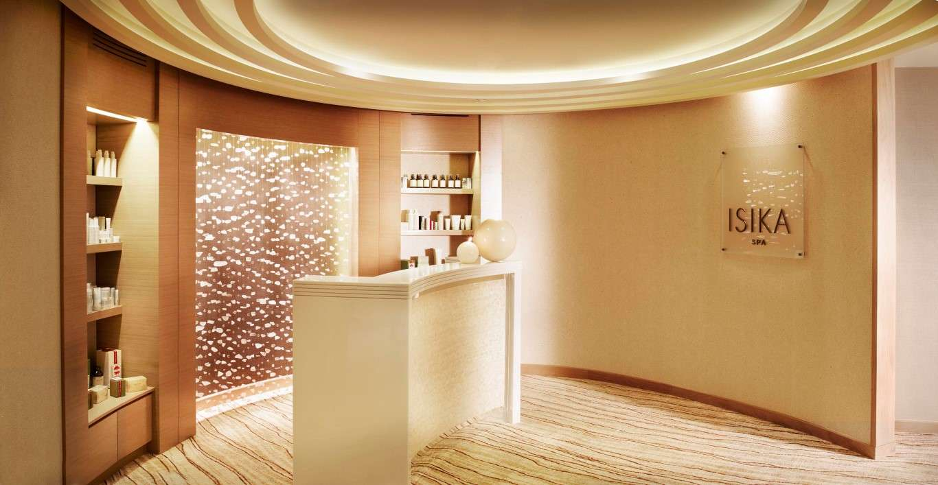 Crown Spa Isika